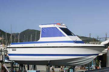 Expertise maritime à la suite d'un vol au Bassin d'Arcachon